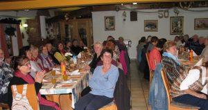 Udeleženci srečanja na Šentanelu